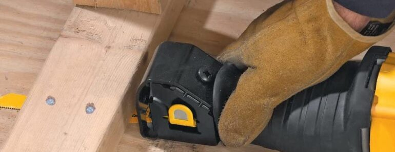 reciprocating saw hacks - using in narrow space